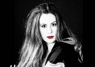 Anna Oberlander – Here with me